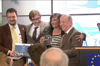Premios Natura 2000 Juan Carlos Atienza, Arturo Larena y Asunción Ruiz, con Karmemu Vella.